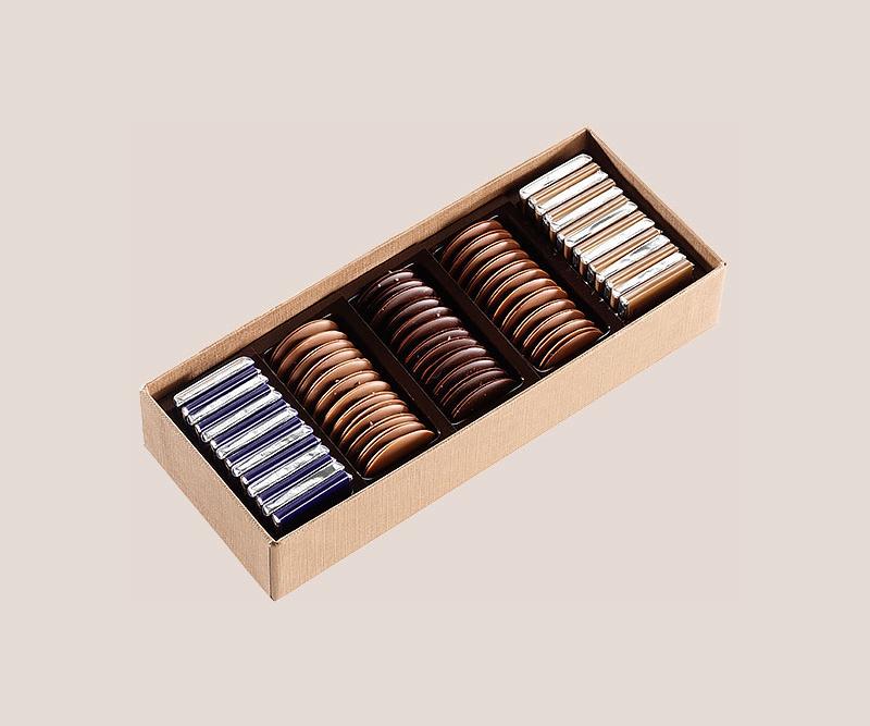 coffret de palets chocolat noir et lait assortis