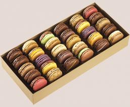 30 macarons box