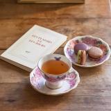 Les secrets d'un après-midi parfait ✨ Macarons cassis violette, chocolat pistache et caramel beurre salé  . 📸@Paris.in.style . . . #jeanpaulhevin #maisonhévin #hevinforever #macarons #macaron #macaronsparis #patisserie #macaron #madeinfrance #artisanat #instapastry